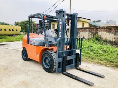 Xe nâng 5 tấn Trung Quốc