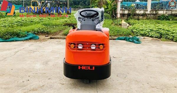 Xe kéo điện ba bánh ngồi lái Heli