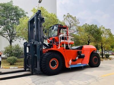 Xe nâng hàng Heli 42 tấn CPCD420 -VD-12III